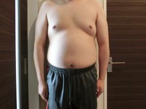 ライザップ2日目の体型「正面」の画像