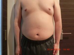 ライザップ8日目の体型「正面」の画像
