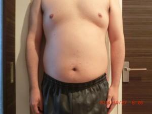 ライザップ9日目の体型「正面」の画像