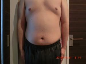 ライザップ13日目の体型「正面」の画像