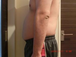 ライザップ14日目の体型「横」の画像