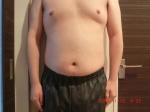 ライザップ25日目の体型「正面」の画像