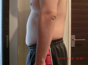 ライザップ26日目の体型「横」の画像