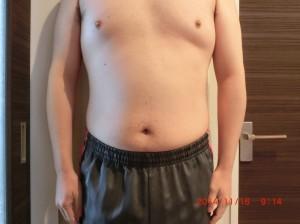 ライザップ29日目の体型「正面」の画像