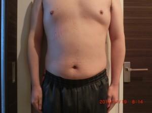 ライザップ32日目の体型「正面」の画像
