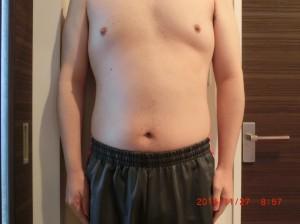 ライザップ40日目の体型「正面」の画像