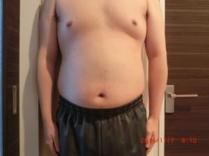 ライザップ20日目の体型「正面」の画像