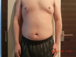 ライザップ21日目の体型「正面」の画像