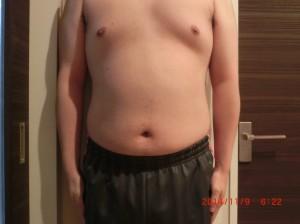 ライザップ22日目の体型「正面」の画像