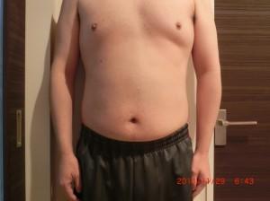 ライザップ42日目の体型「正面」の画像