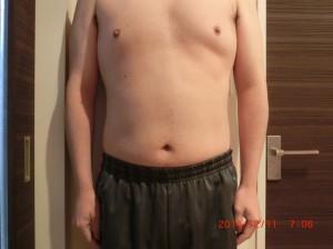 ライザップ53日目の体型「正面」の画像