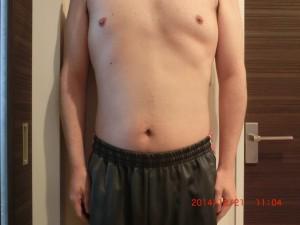 ライザップ64日目の体型「正面」の画像