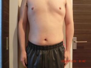 ライザップ48日目の体型「正面」の画像