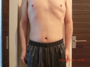 ライザップ74日目の体型「正面」の画像
