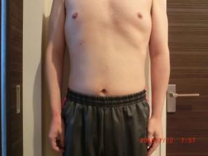 ライザップ86日目の体型「正面」の画像