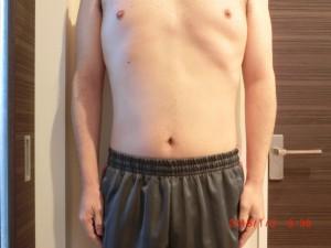 ライザップ77日目の体型「正面」の画像