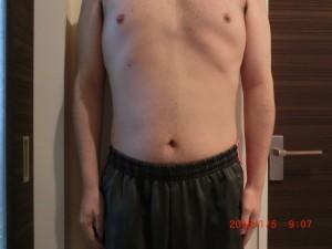 ライザップ79日目の体型「正面」の画像