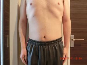 ライザップ81日目の体型「正面」の画像