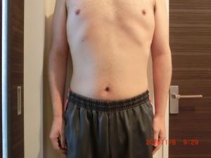 ライザップ82日目の体型「正面」の画像